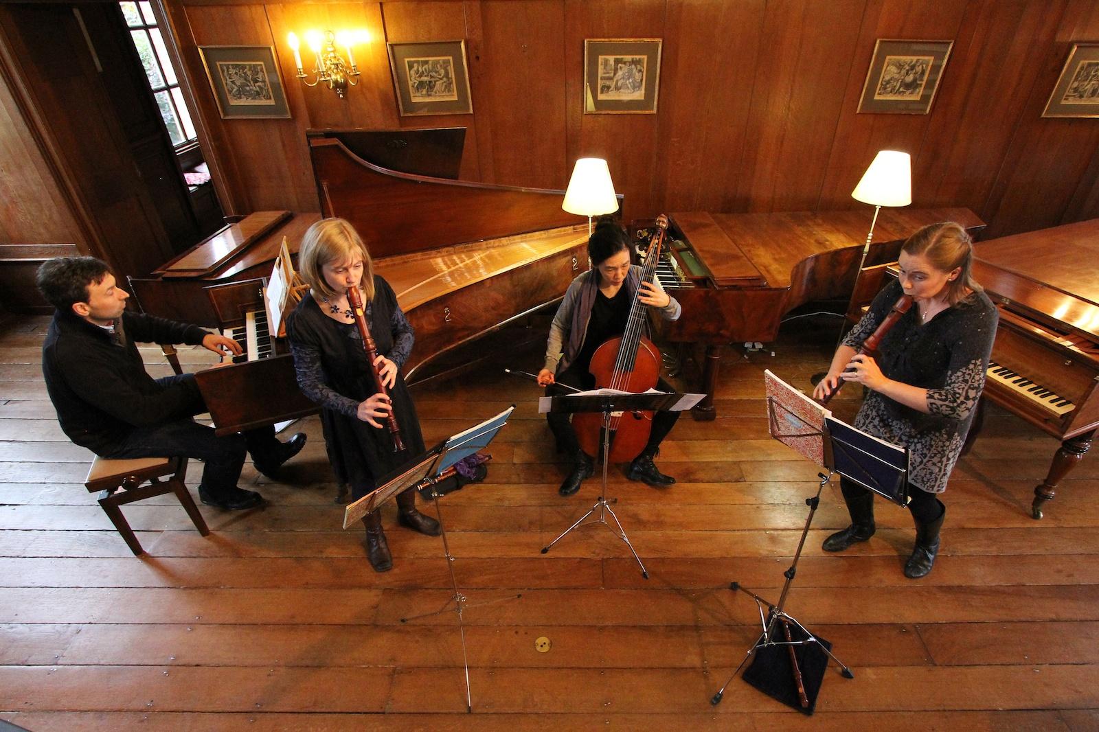 Passacaglia quartet with two recorders