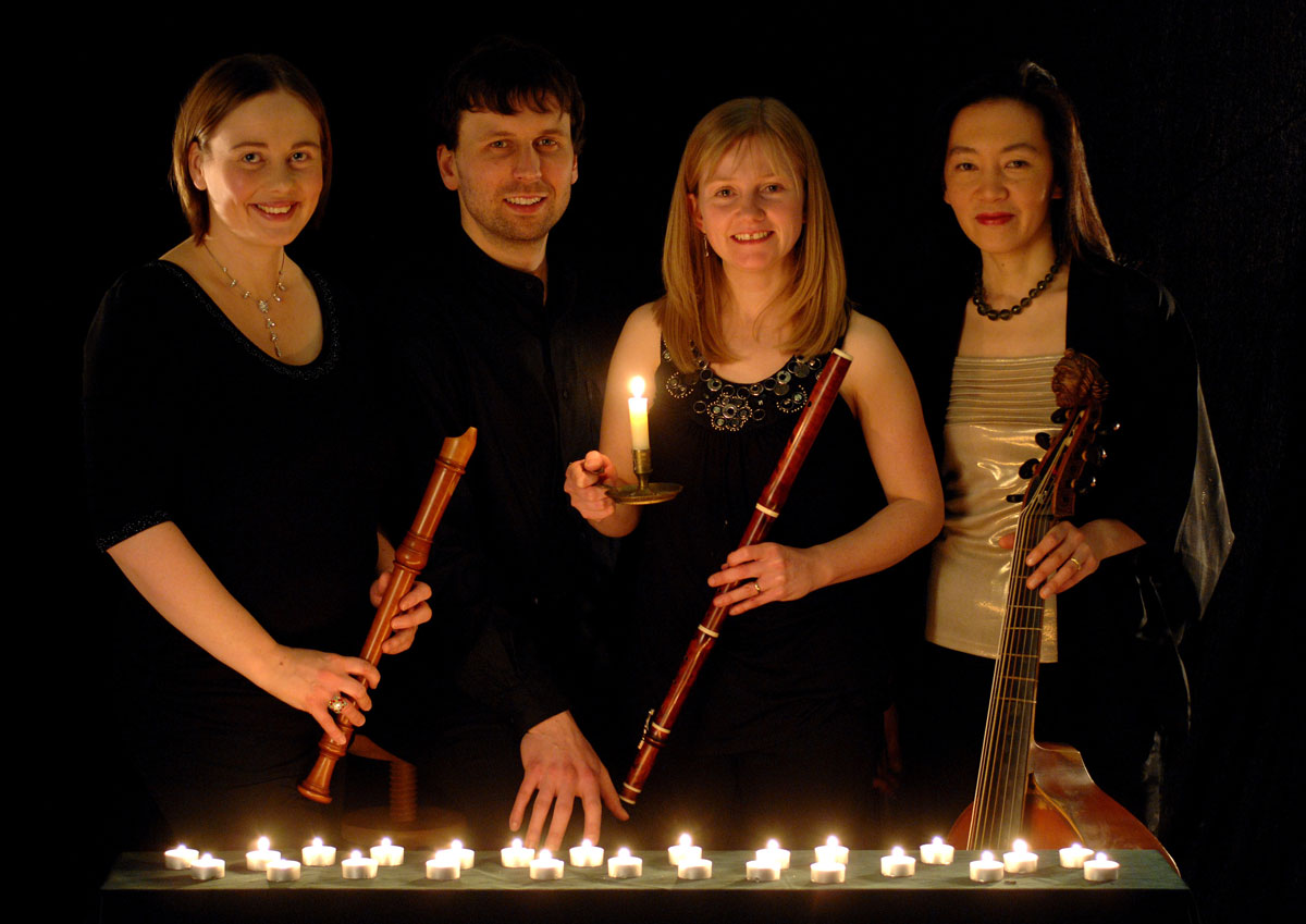 Passacaglia lit by candles, with instruments, with Louise Bradbury